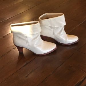 Rare! Frye ankle boot